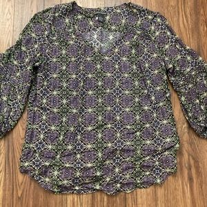 Chelsea& Theodore top,size M